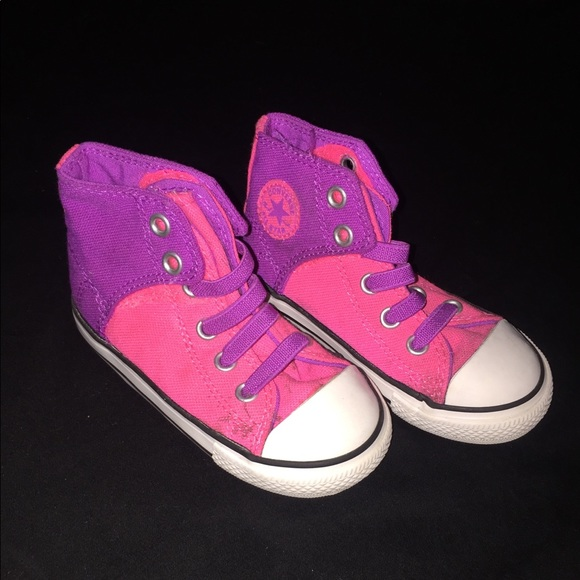 4ac5487af583 Toddler Girl Converse All Star Shoes Size 7 💜💕